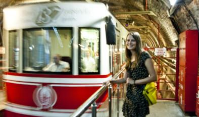 Jana Šrámková on the Istanbul trams - Tramlines